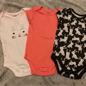 NWOT Maker's Mark Onesies Bunny Pink Size 6-9 Mo